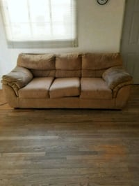 Free couch must pick up Albuquerque, 87110