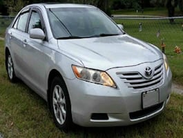 LooksExcellent! Camry LE 2.4L Needs Nothing! Sedan