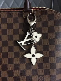 Louis Vuitton keychain 100% Authentic Vancouver, V5S
