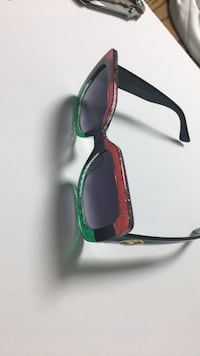 black and green framed sunglasses Germantown, 20874