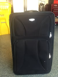 black soft-side luggage 35 mi