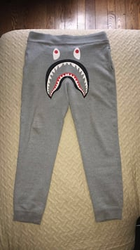 Bape pants Vaughan, L4H