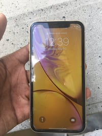 iPhone XR color(yellow) Orlando, 32810