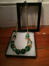 Gold and green beaded chain necklace