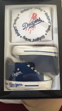 white and blue leather baseball mitt Arroyo Grande, 93420