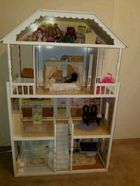 white and pink wooden dollhouse Arcadia, 91007