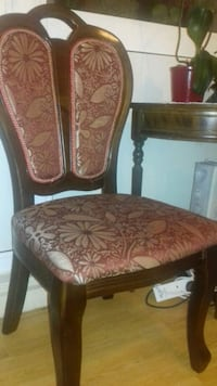 4 wood dining chairs Greater London, W14 9JX