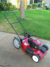 Craftsman 6.5 hp self propelled Lawn Mower Houston, 77085