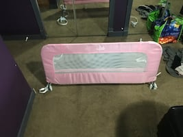 Toddler side rail for bed