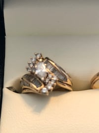 Clear gemstone and gold-colored ring wedding set Decker, 47524