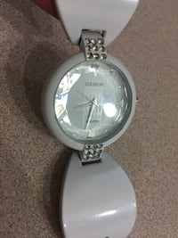 round silver-colored analog watch with link bracelet Edmonton, T5L 2E3