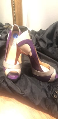 pair of pink leather open-toe heeled sandals Silver Spring, 20906