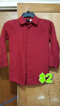 red button-up long-sleeved shirt Modesto, 95350