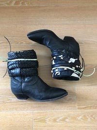 Upcycled Hand Crafted Boho Cowboy Boots!!! (Size: 6B)