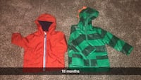 Two green and red zip-up hoodies Bakersfield, 93309