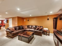 Gorgeous leather deep seat sectional Toronto, M4S 1V5