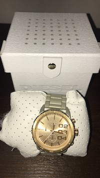 Men's diesel watch silver bracelet and gold face Edmonton, T6V 0G1
