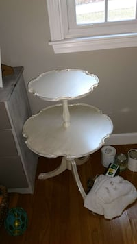 white wooden 2-tier pedestal table 385 mi