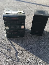 Sanyo cd/cassette/radio player with original speakers(2) Gettysburg, 17325