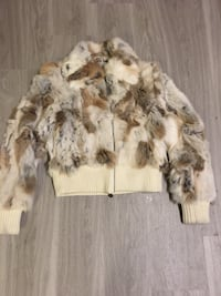 brown and white fur zippered jacket