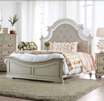 King bedroom set 5 pcs