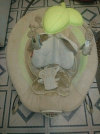 baby's gray and green bouncer Columbus, 43232