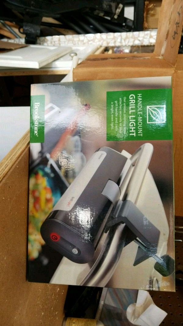 Handle Mount Grill Light By Brookstone Brand New