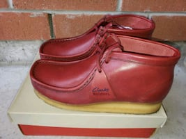 Clarks Mens Wallabees