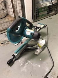 Makita 8 1/2 sliding miter saw with laser