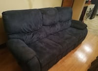 3-seat sofa Recliner (Delivery Included )