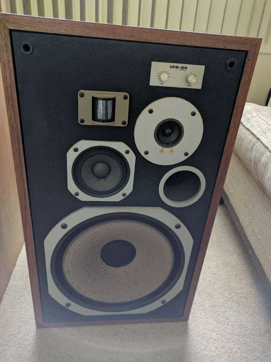 Used pioneer hpm100 vintage speakers with yamaha receiv in for Refurbished yamaha speakers
