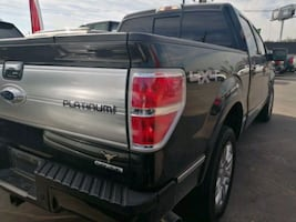Ford - F-150 PLATINUM 4x4 2011