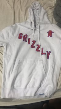 Grizzly Hoodie Cambridge, N3S 3H6