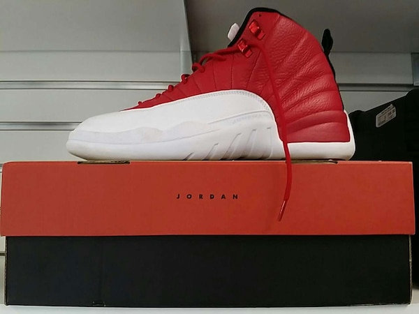60803b3a1ecc15 Used gym red air jordan 12 on box for sale in Dallas - letgo