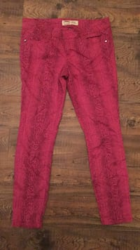 Pants 11 stretchy so comfy  Bossier City, 71111