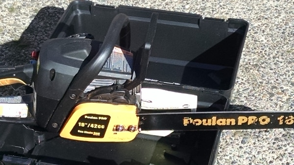 black and yellow Poulan Pro chainsaw