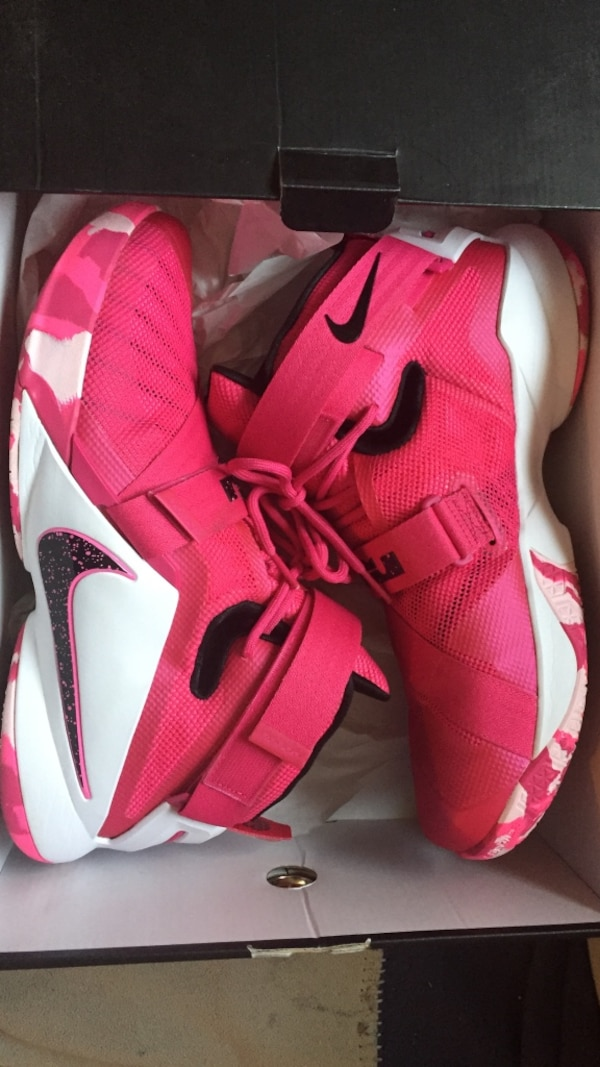 6aa245596be Used Pink lebron soldier size 13 (negotiable) for sale in Ellerbe - letgo
