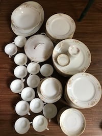 Dishes and cups set 95 pcs Lackawanna, 14218