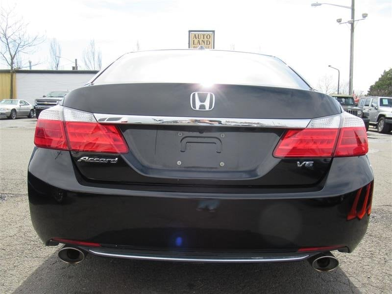 Honda Accord Sdn 2013 4