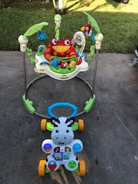 Fisher price rainforest jumperoo + push toy Miami, 33177
