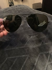 Ray bans sunglasses Toronto, M1H 1A5