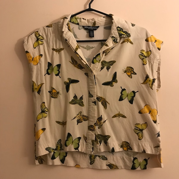Cropped butterfly blouse