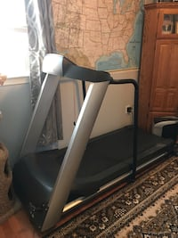 C934 Precor gray automatic treadmill Alexandria, 22309