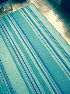 8'X10' Rug brand new. Not even walked on. Pick up only. Chelsea. Selling at loss.