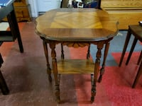 Vintage Inlay Accent Table With 6 Legs Bechtelsville, 19505