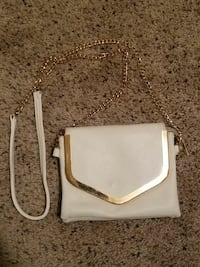 White/gold Purse