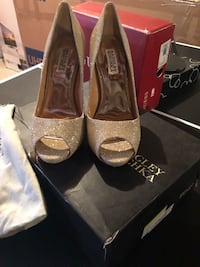 New ladies designer shoes Milton, L9E