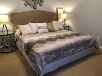 Coaster Furniture King size bed + mattress + box spring in excellent condition!! Orlando, 32837