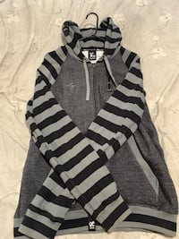 Men Lrg Sweater Size medium