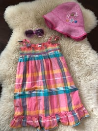 Size 4 summer outfit Vancouver